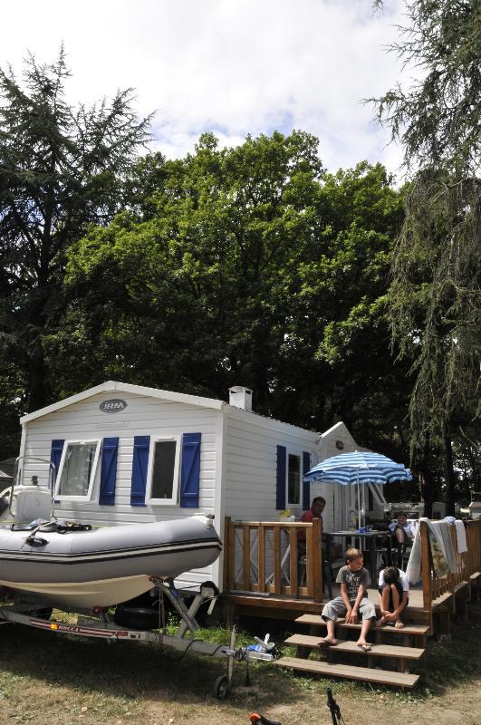 Location - Mobil Home  2 Chambres Formule Nuit - Camping Château Du Petit Bois