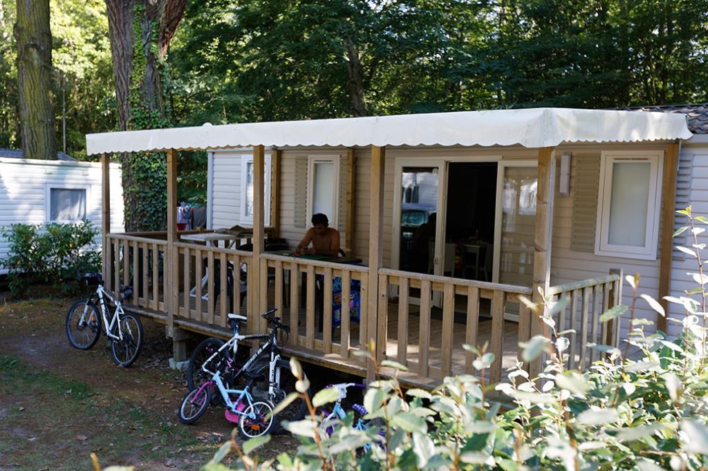 Location - Mobil Home 3 Chambres Grand Confort Semaine - Camping Château Du Petit Bois