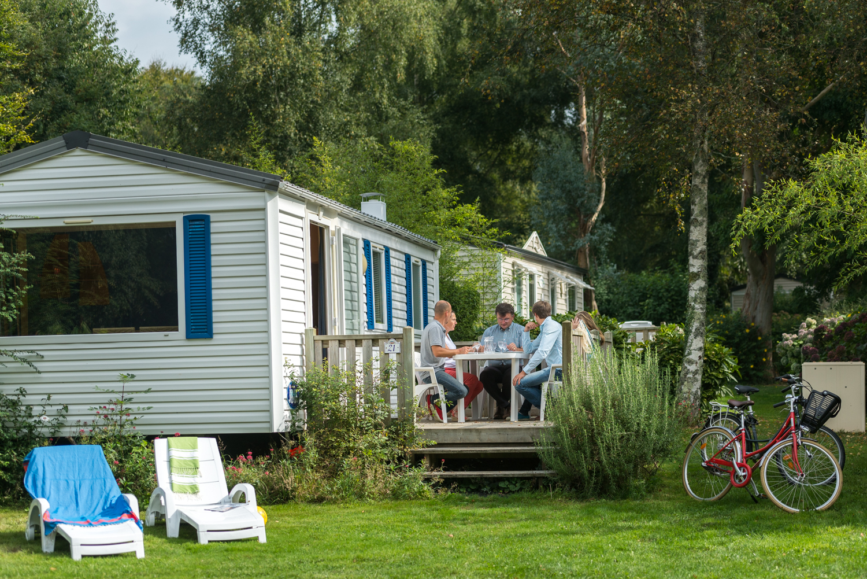 Location - Mobil Home Classique - 2 Chambres - 1 Salle De Bain - Camping Castel L'Orangerie de Lanniron