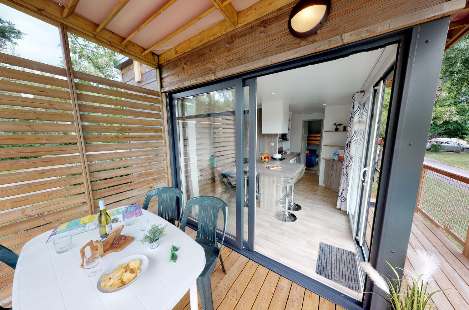Accommodation - Mobil Home Bois Péniche  29M² 2 Bedrooms - Camping Ile de la Comtesse