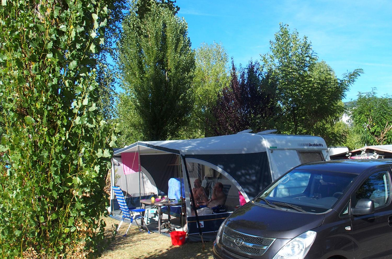Pitch - Camping Place With Electricity 6A - Camping Ile de la Comtesse