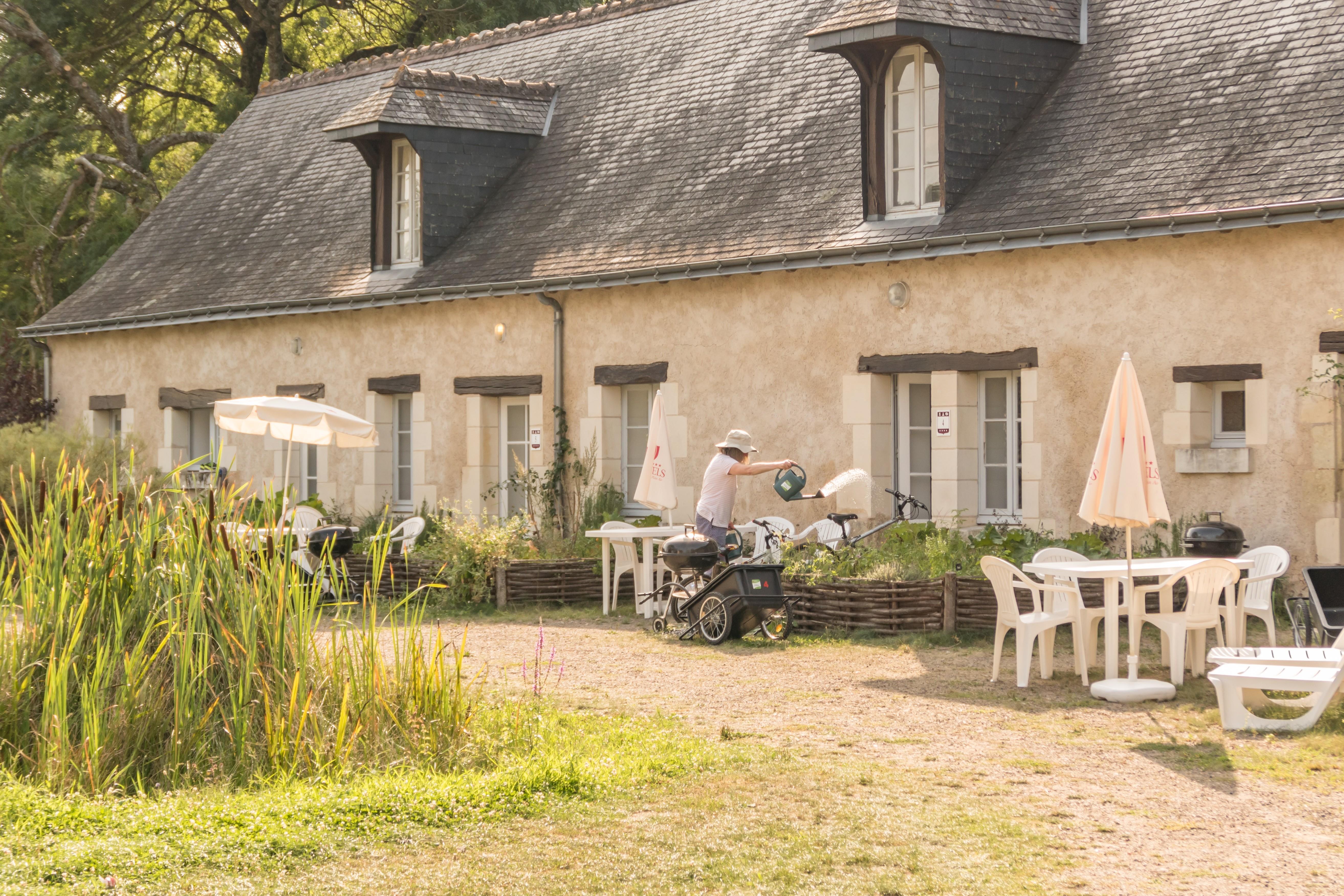 Location - Gîte - 1 Chambre - 1 Espace Chambre - 1 Salle De Bain - Le Paulownia - - Camping Castel Parc de Fierbois