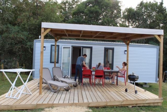 Location - Mobil-Home - 3 Chambres - 1 Salle De Bain - Avantage - - Camping Castel Parc de Fierbois
