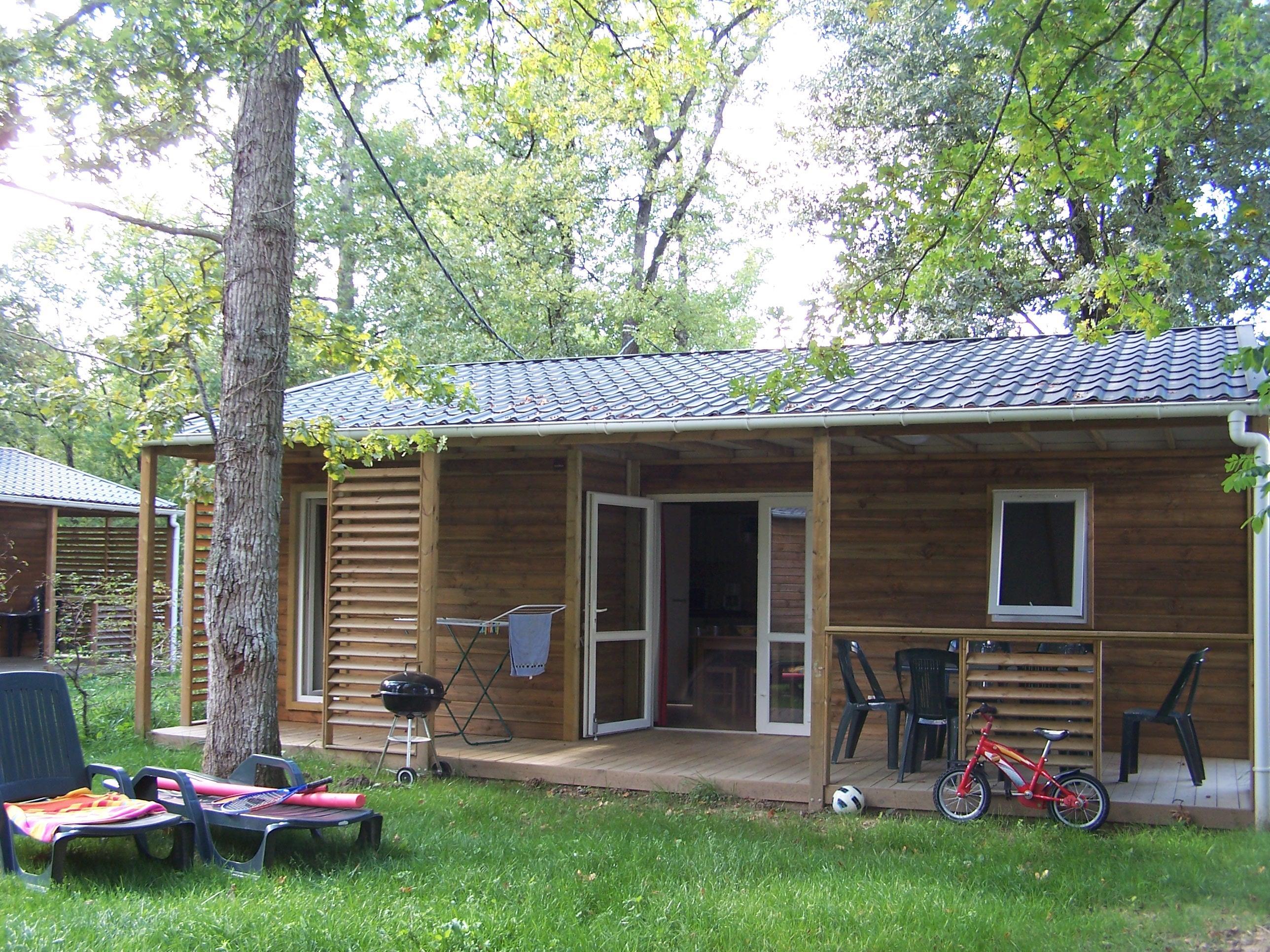 Location - Chalet - 3 Chambres - 1 Salles De Bain - Classique - Camping Castel Parc de Fierbois