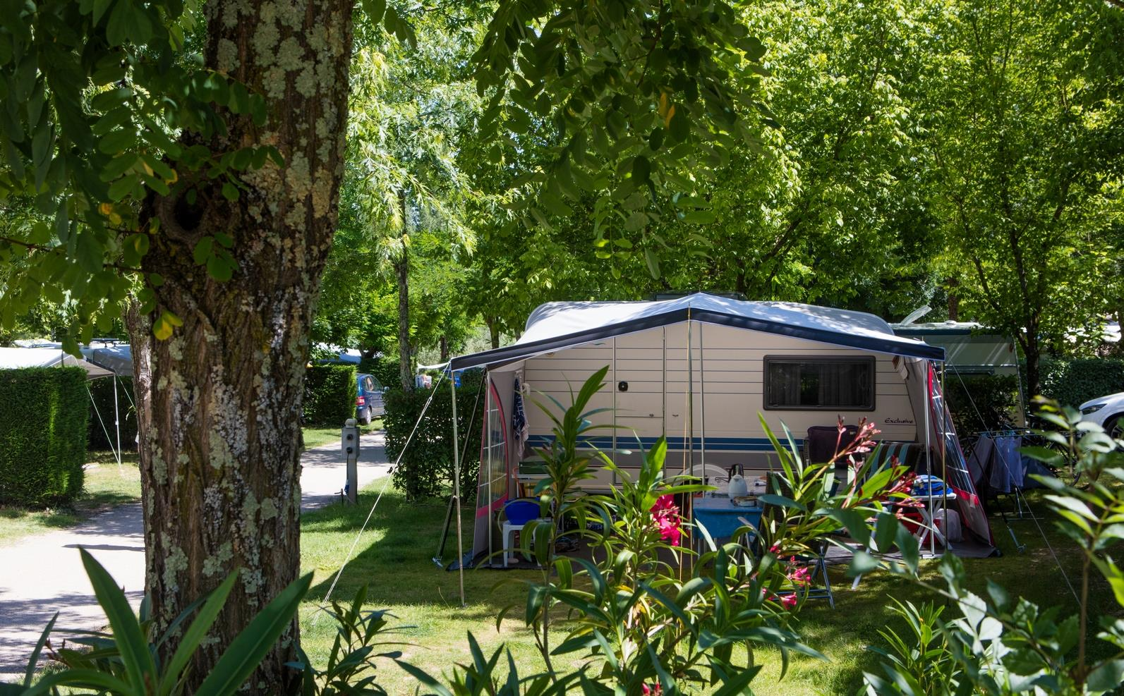 Emplacement - Emplacement - 80M² - Camping Les Coudoulets