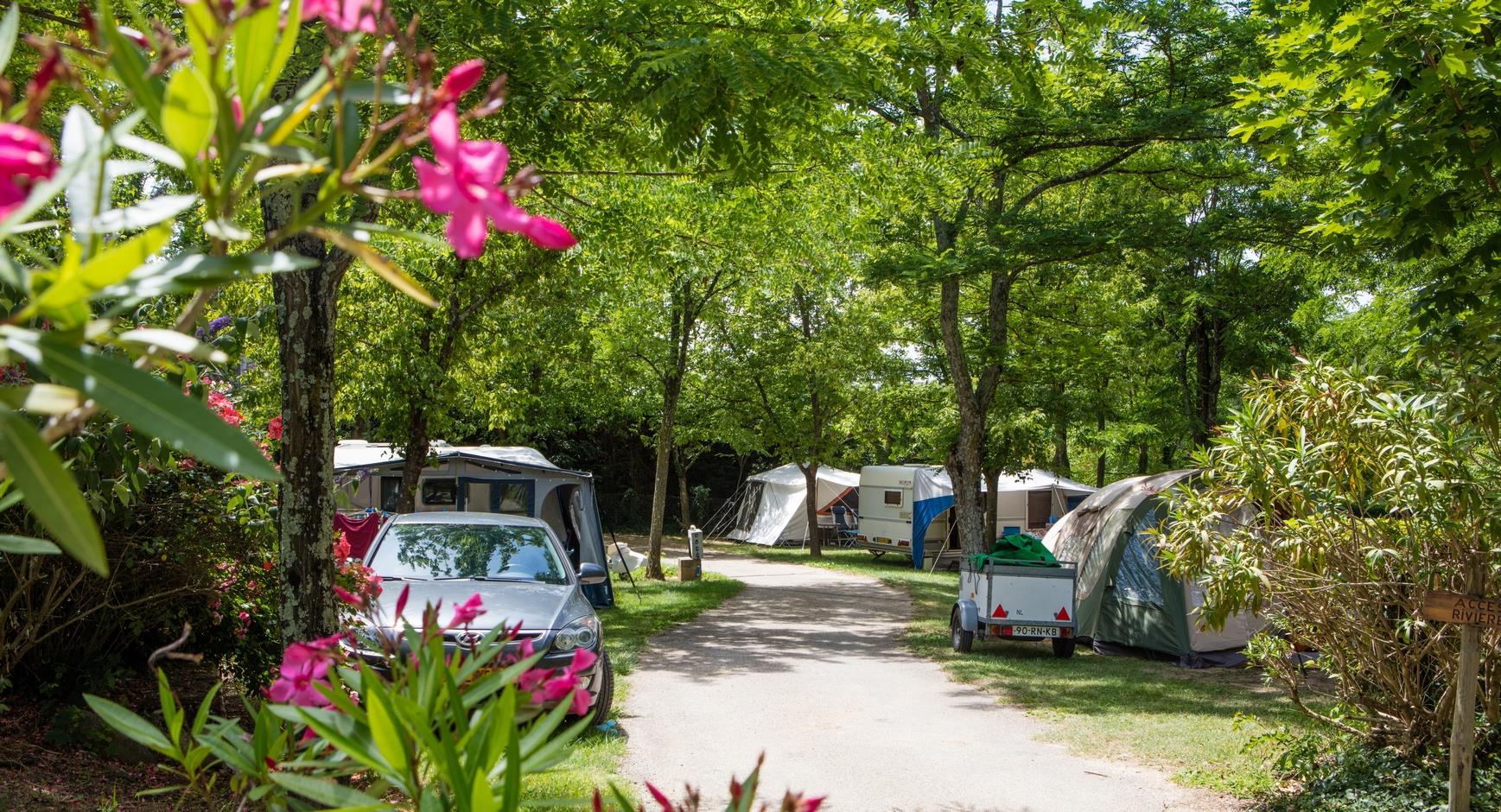 Camping les Coudoulets, Pradons, Ardèche