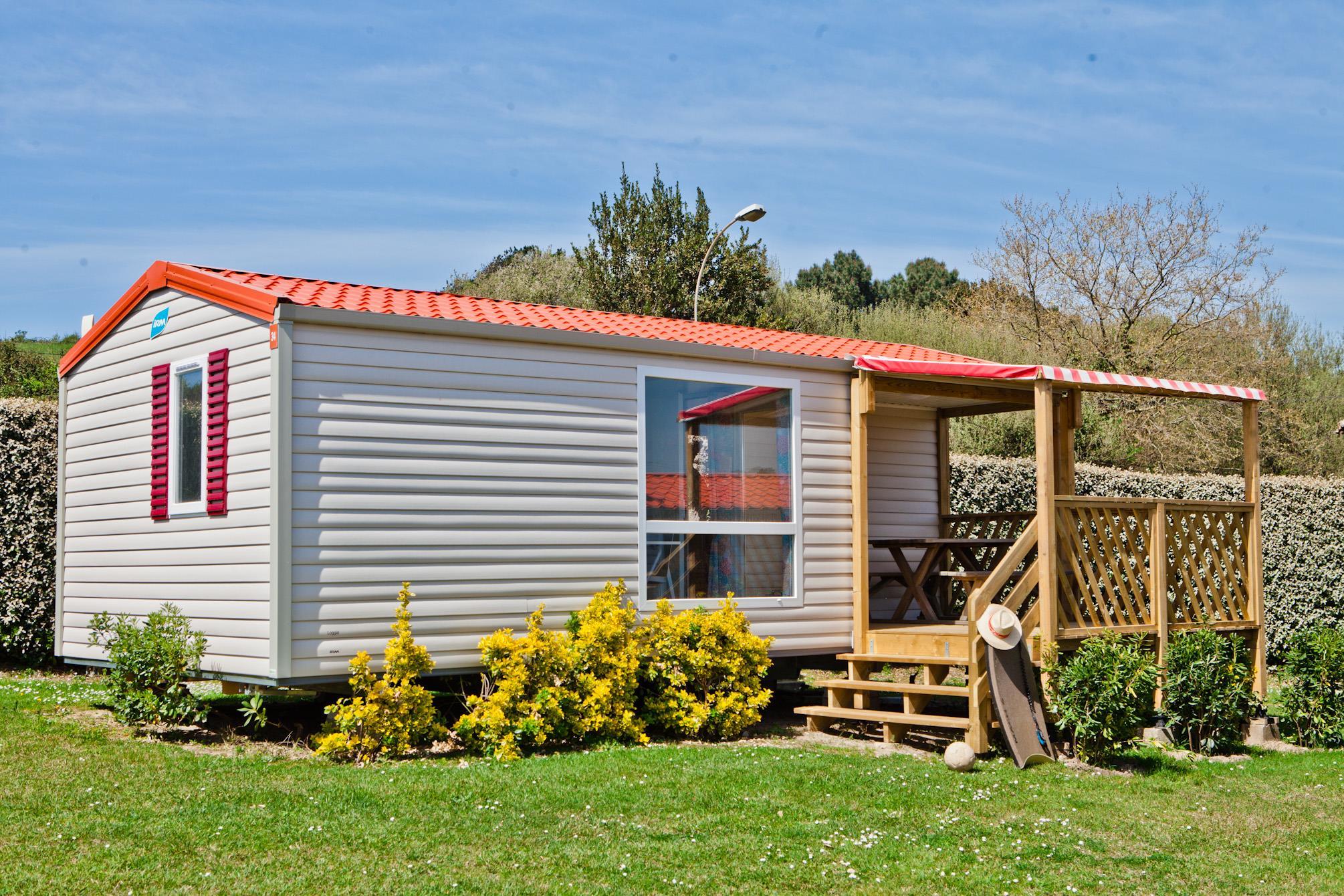 Chalet mobile Type 2 - 25 m² avec terrasse 9 m² avec 1 véhicule