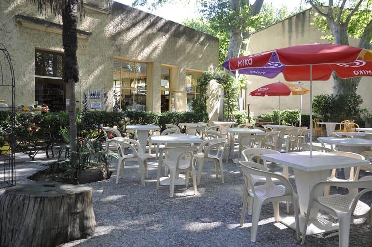 Camping Bagatelle - le Pavillon Bleu, Avignon, Vaucluse