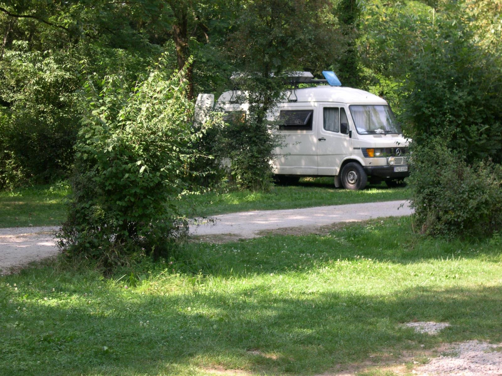 Emplacement - Emplacement 1 Nuit - Camping La Croix d'Arles