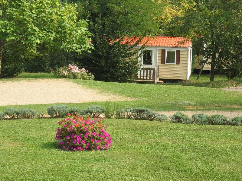 Camping le Temps de Vivre, Salignac-Eyvigues, Dordogne