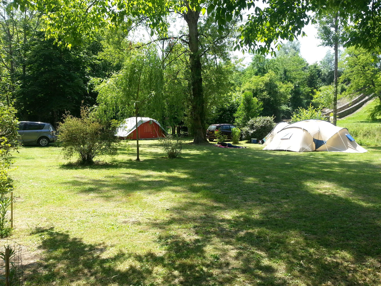 Camping du Vieux Château, Rauzan, Gironde