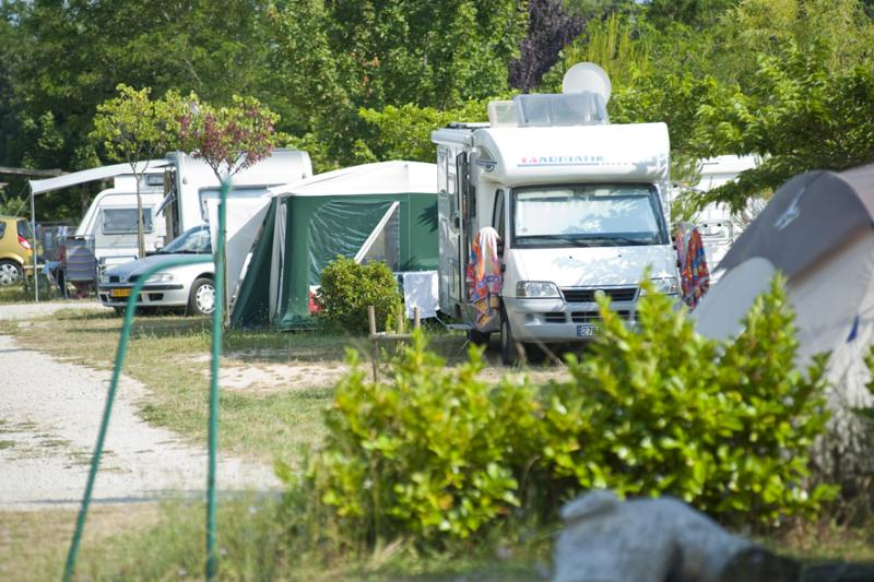 Camping Indigo Forcalquier, Forcalquier, Alpes-de-Haute-Provence