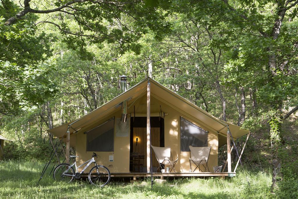 Location - Tente Trappeur Ii - Huttopia Versailles