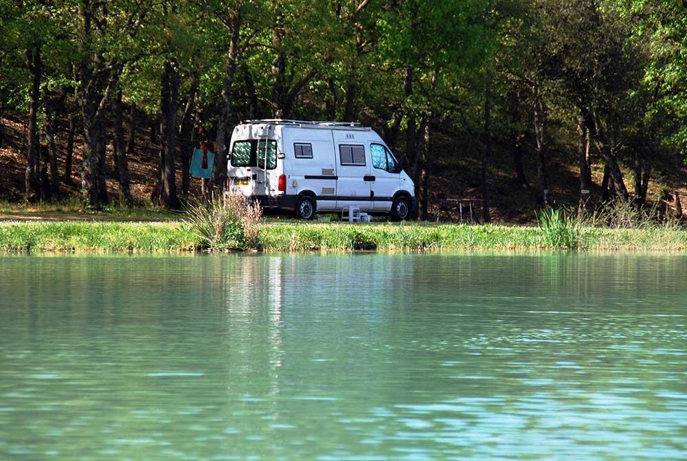 Camping Naturiste Petit Arlane, Valensole, Alpes-de-Haute-Provence