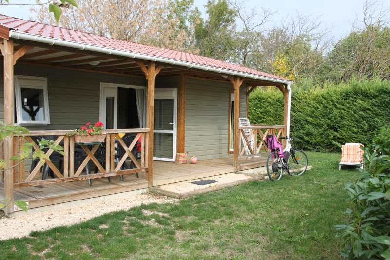 Mietunterkunft - Chalet Canelle Family 3 Zimmers - GERVANNE CAMPING