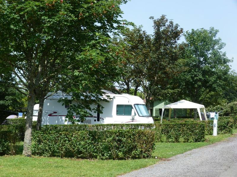 Camping du Breuil, Bourbon-Lancy, Saône-et-Loire