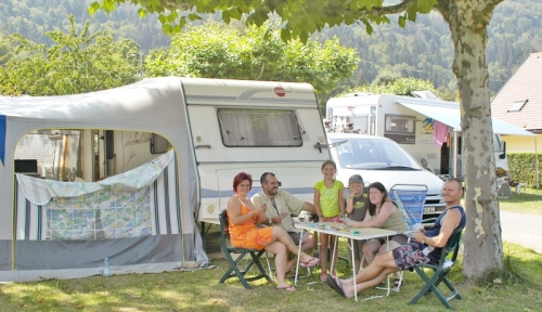 Emplacement - Emplacement + 1 Voiture - Camping Le Panoramic