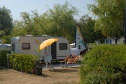 Emplacement - Emplacement Pmr Près Des Sanitaires - Camping Les Embruns