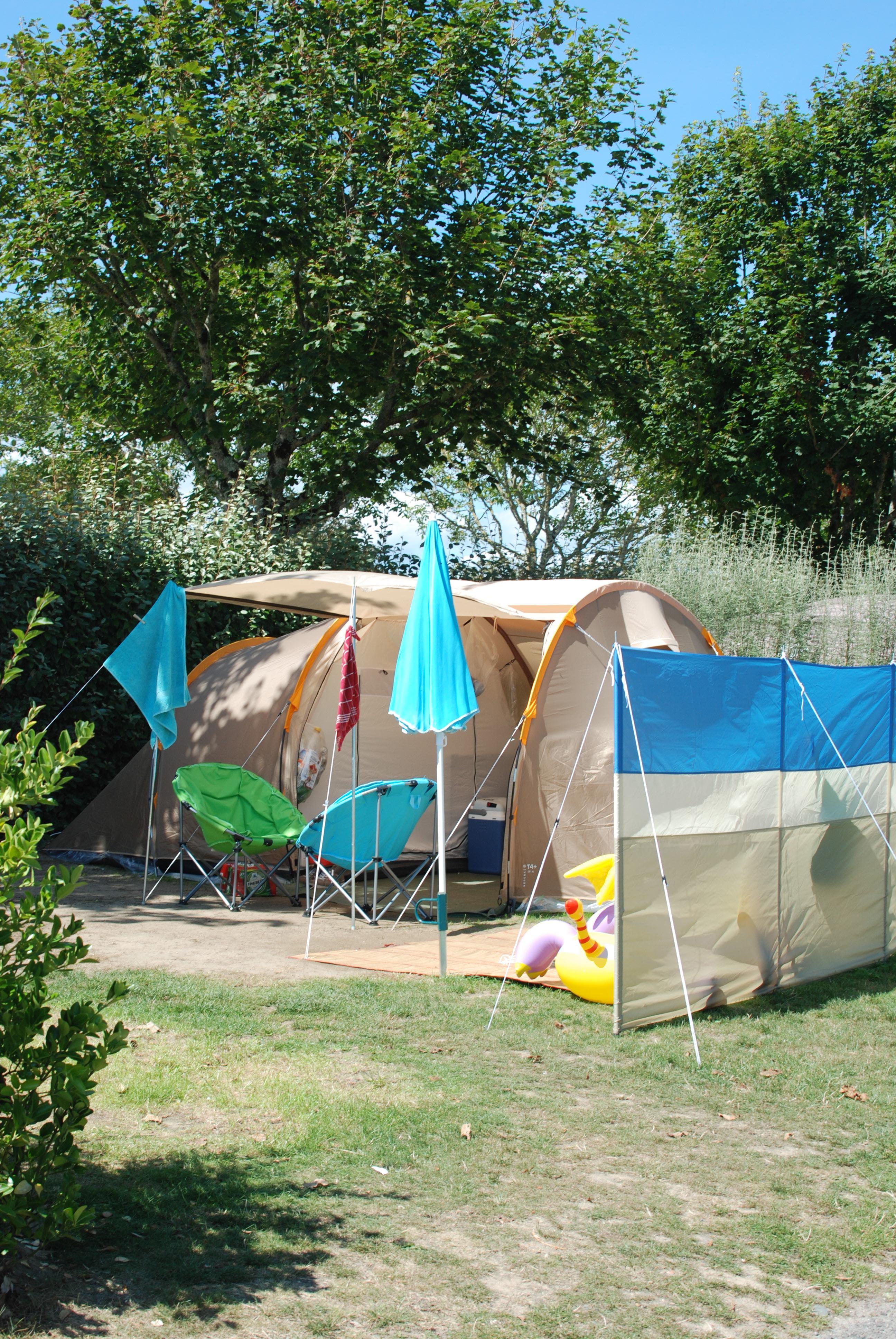 Emplacement - Empacement Nature 60M²  Électricité En Option - Camping Les Embruns