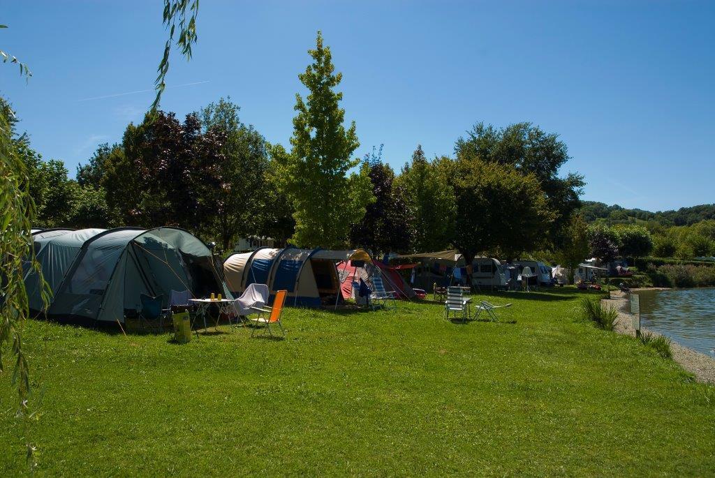 Vivacamp Camping du Lac du Lit du Roi, Massignieu-de-Rives, Ain