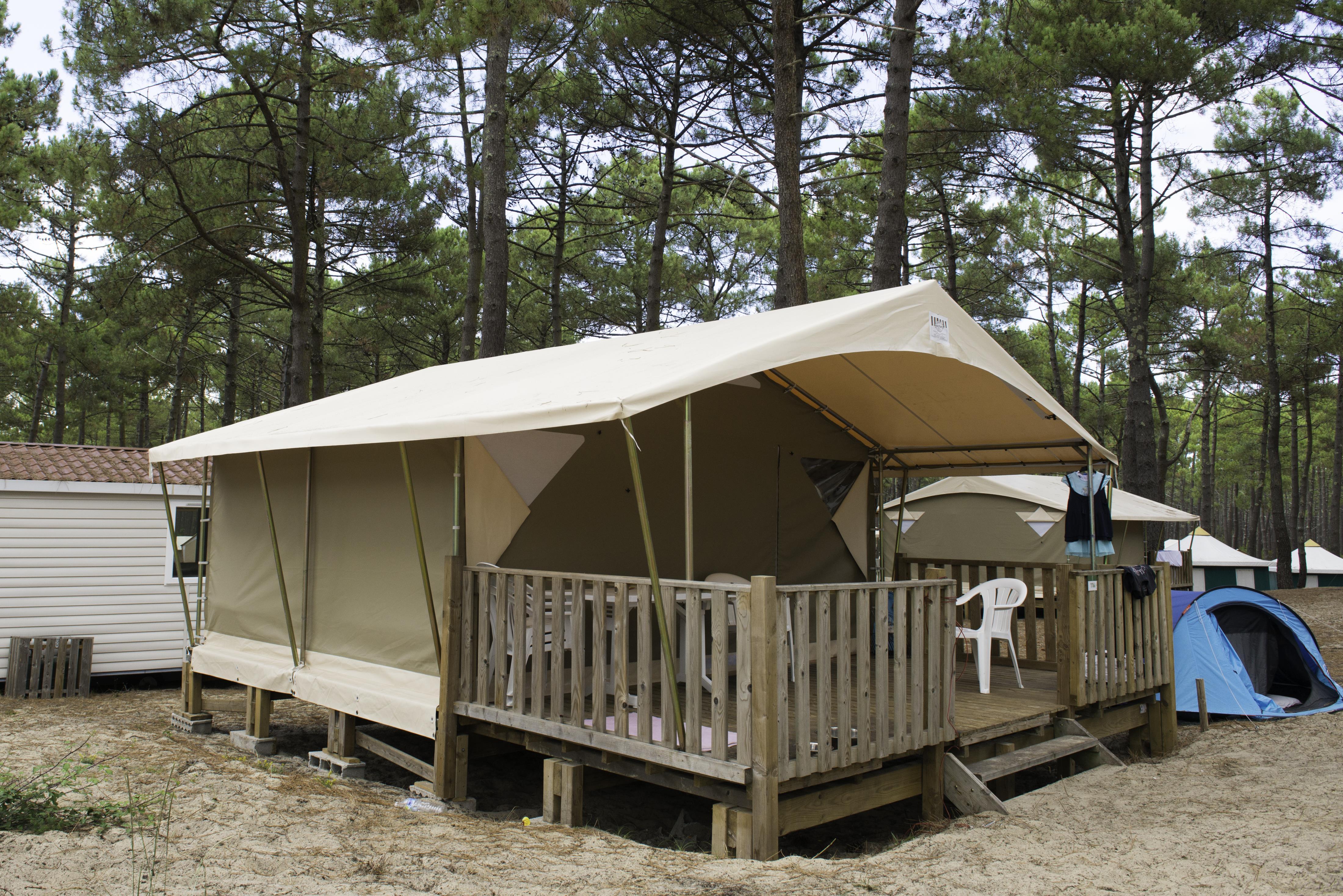 Location - Lodge 2 Chambres Sans Sanitaires - Campéole Plage Sud