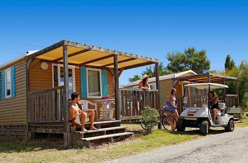 Camping Campéole l'Ile des Papes, Villeneuve-les-Avignon, Gard