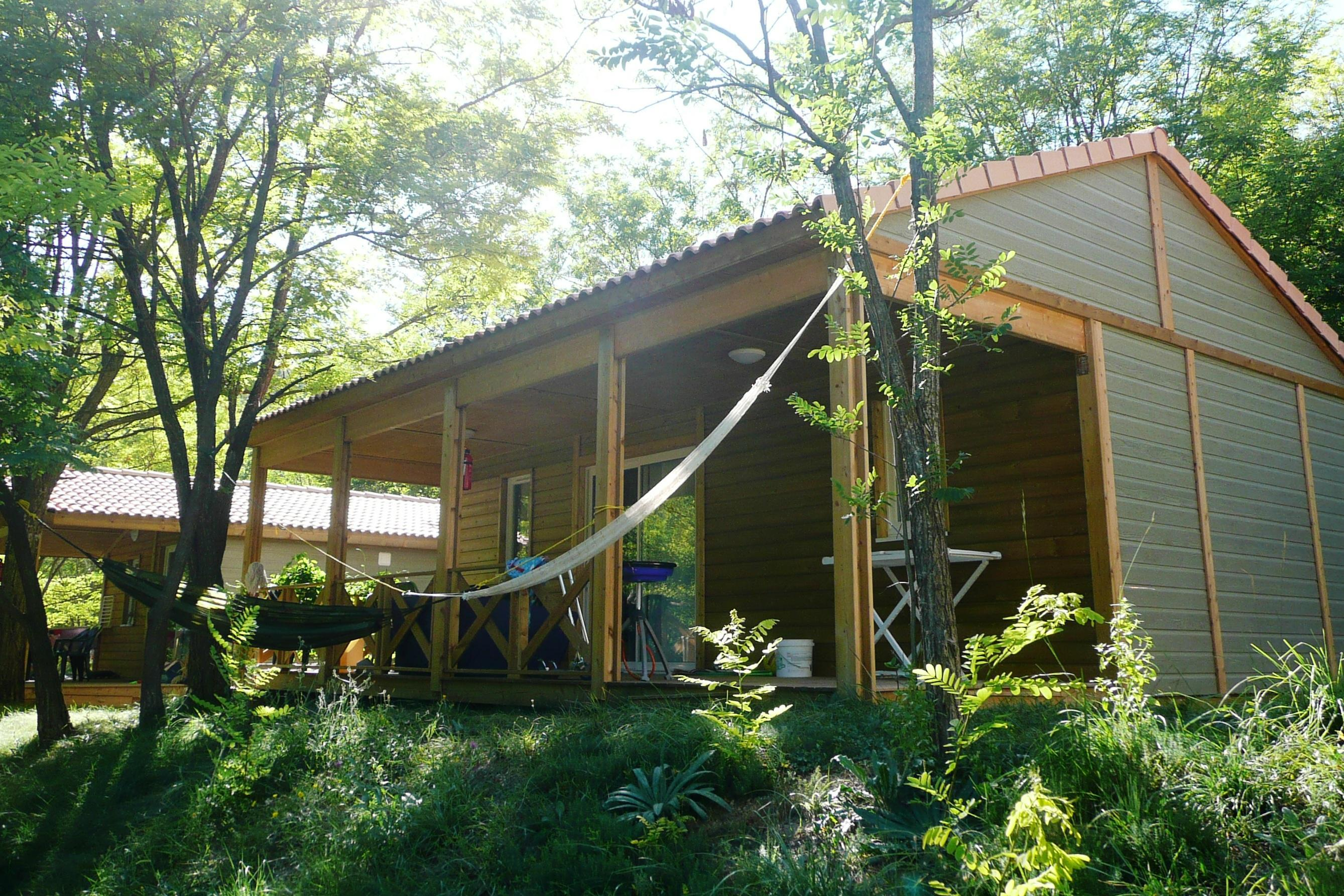 Location - Chalet 'Confort 2012' - Domaine Chasteuil Provence