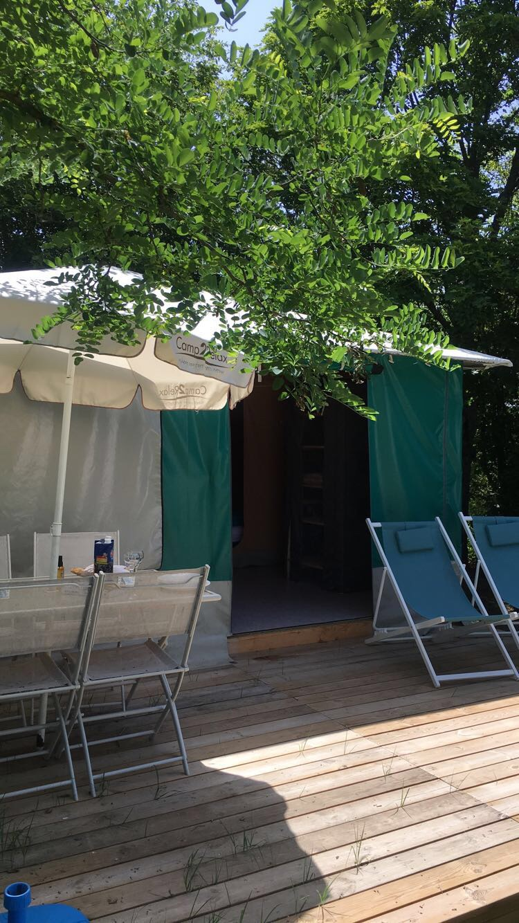 Location - Tente Caraïbe 16M²/ 2 Chambres - Flower Camping de Mars