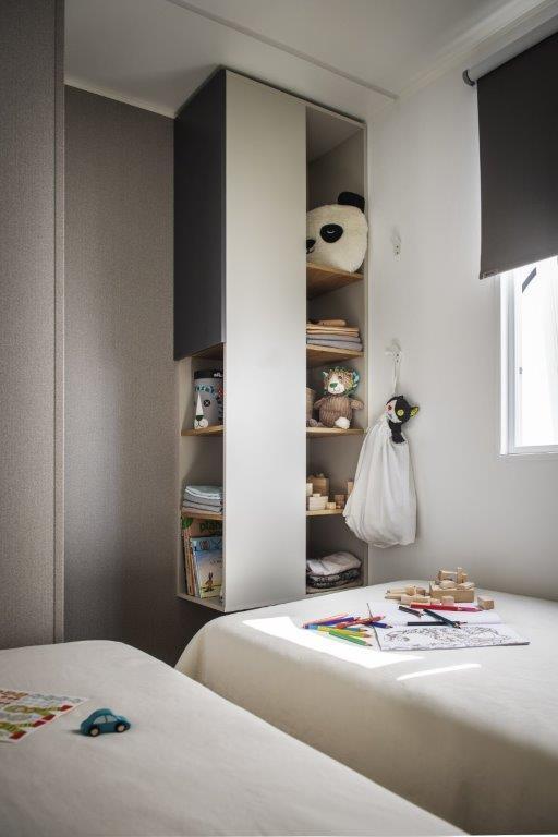 Location - Excellence Platine 34M² - 3 Chambres - Tv - Climatisation -Lave Vaisselle -  Terrasse Couverte Avec Banquette - Camping Le Sainte Marie