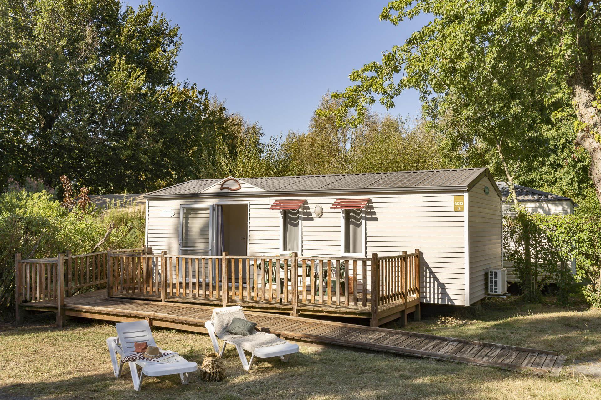 Location - Cottage 2 Chambres Climatisé *** Adapté Aux Personnes À Mobilité Réduite - Camping Sandaya Séquoia Parc