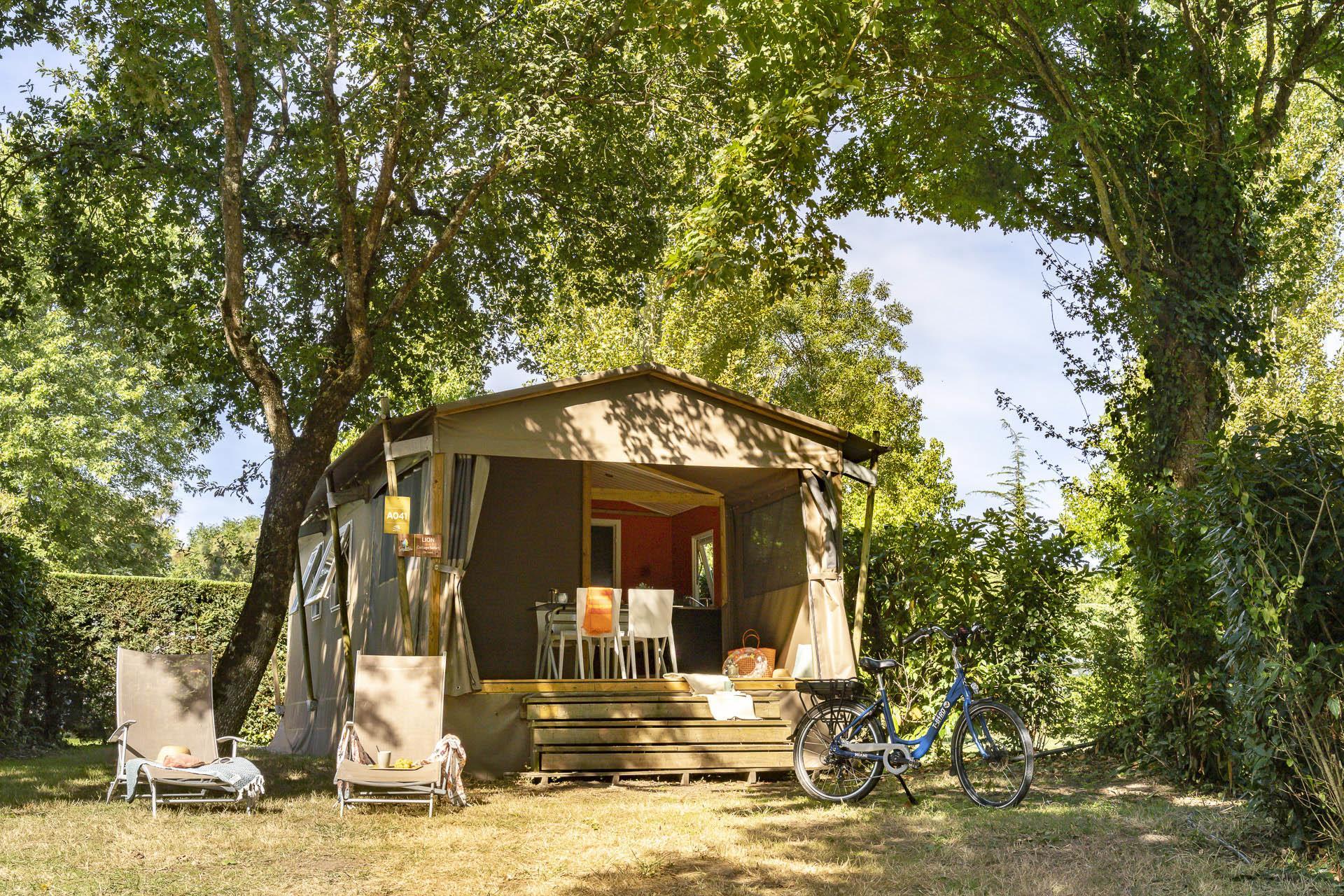 Location - Lodge Safari 2 Chambres *** - Camping Sandaya Séquoia Parc