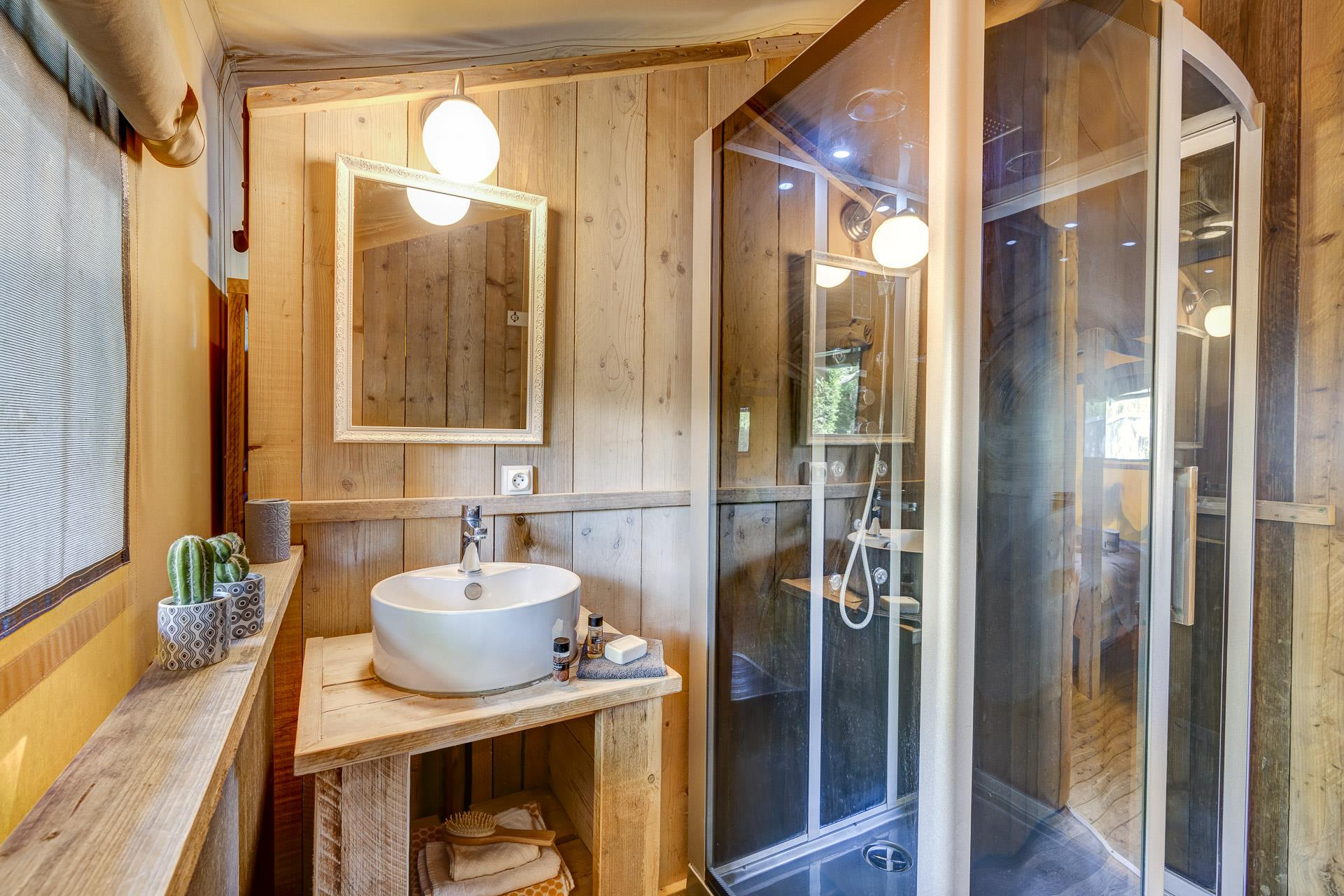 Location - Lodge Safari 2 Chambres **** - Camping Sandaya Séquoia Parc