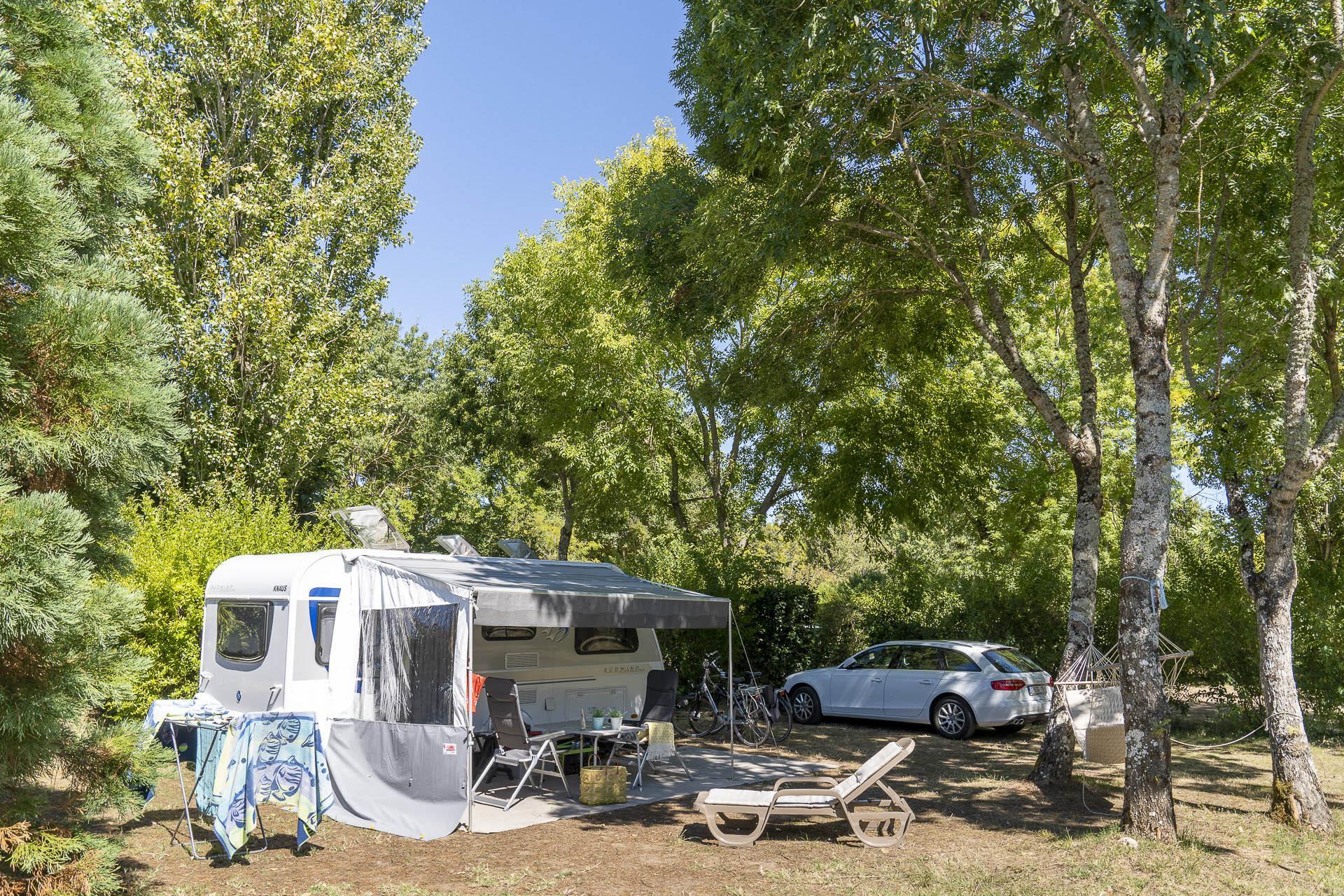 Emplacement - Forfait Confort *** - Camping Sandaya Séquoia Parc