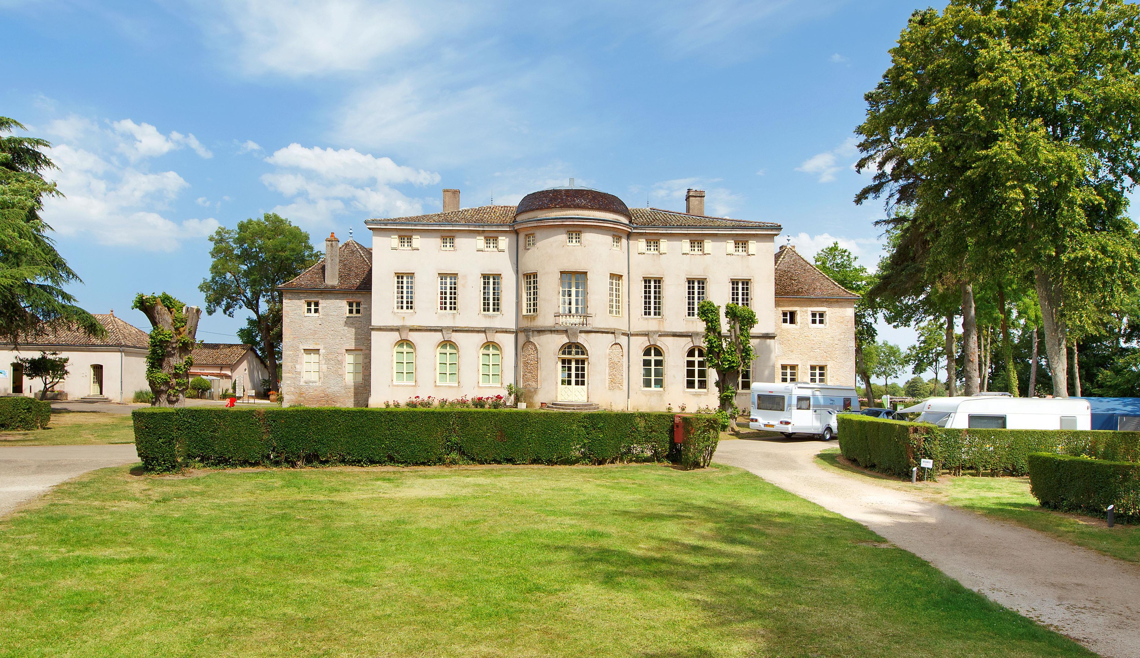 Castel-Camping Chateau de l'Eperviere, Gigny-sur-Saone, Saône-et-Loire