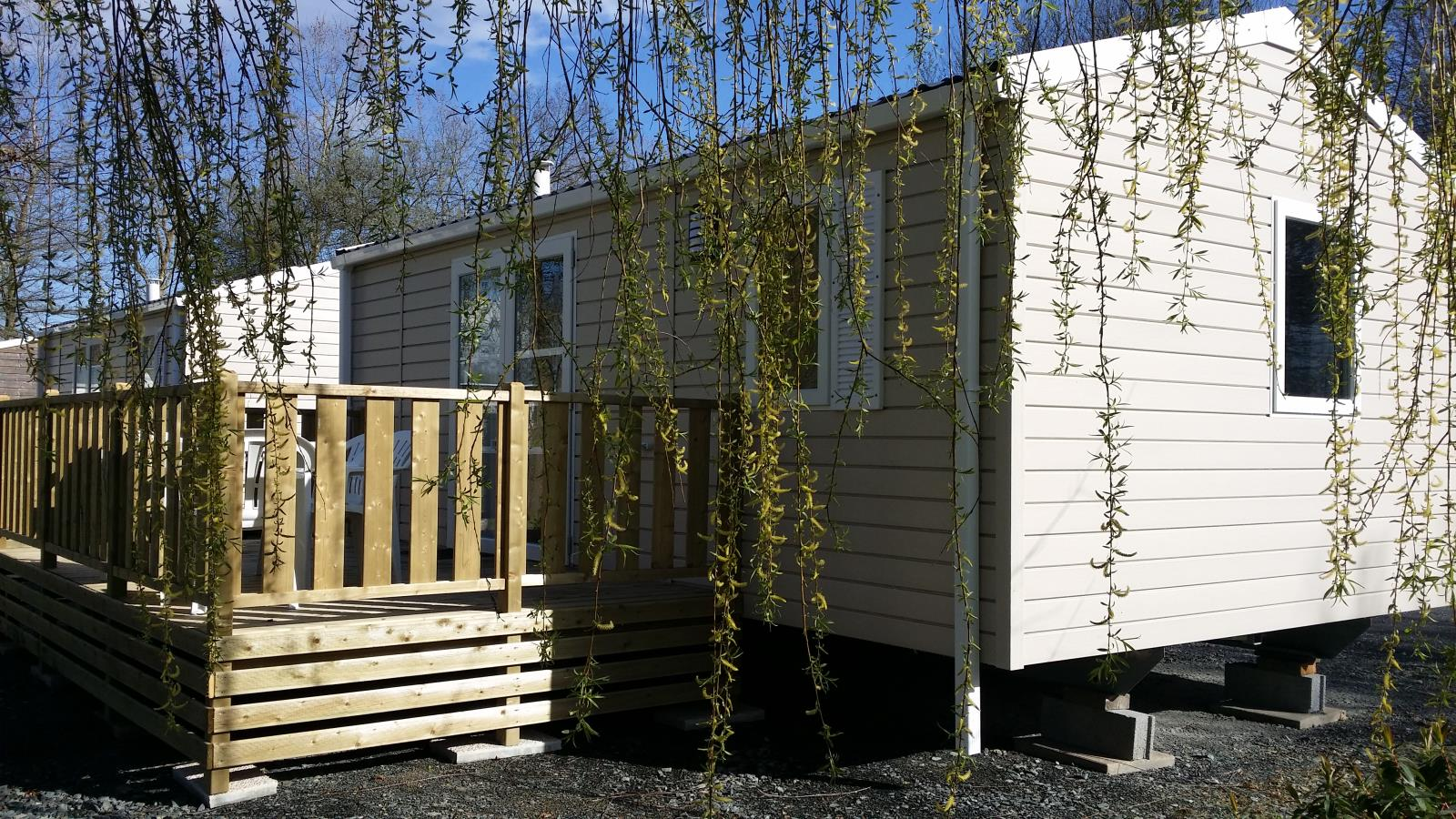 Lodge 4 pers. 2 chambres + terrasse bois