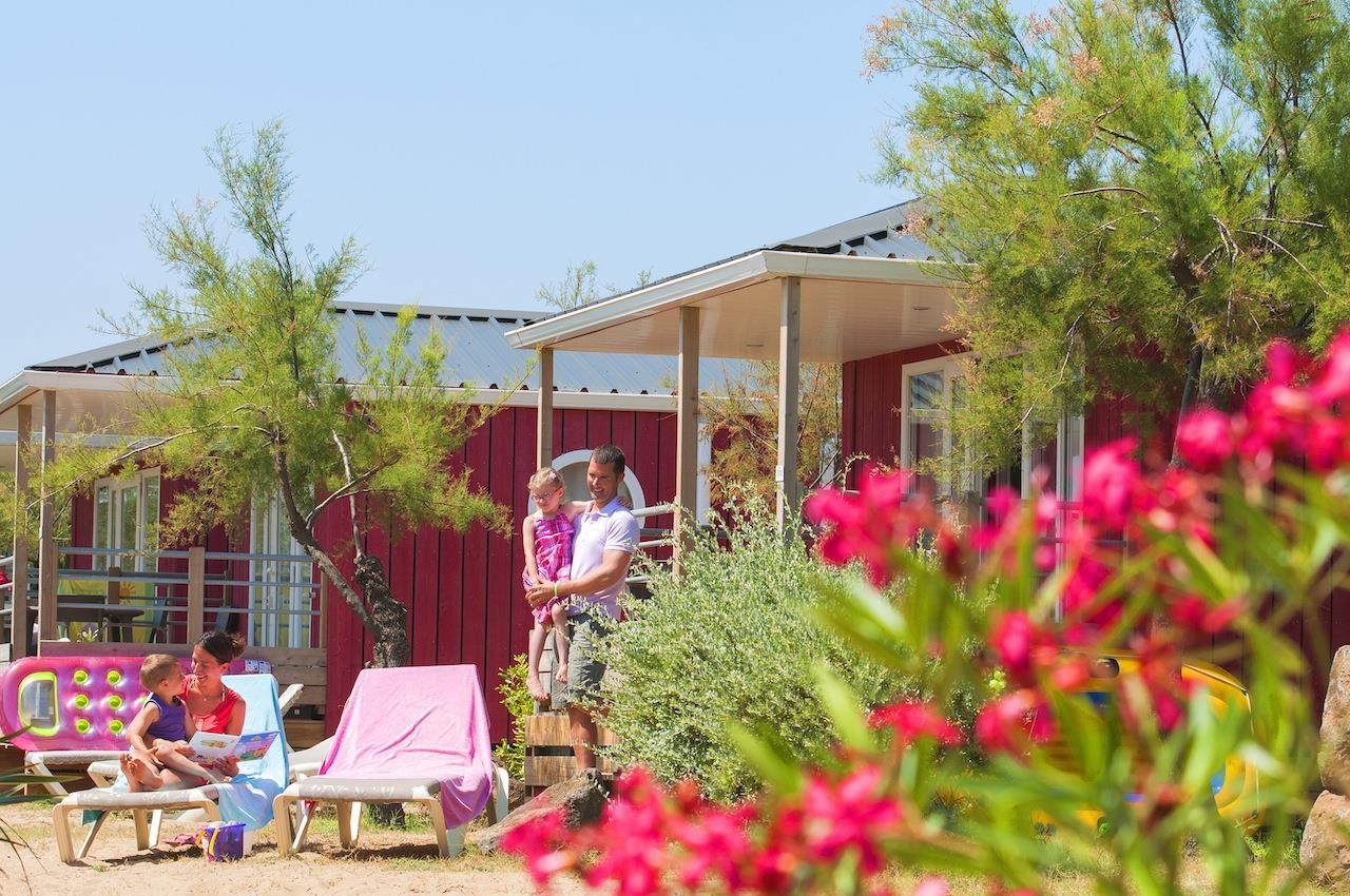 Location - Cabane De La Mer Signature 4 Pers. - 2Ème Ligne Vue Mer - Camping Les Méditerranées Beach Garden