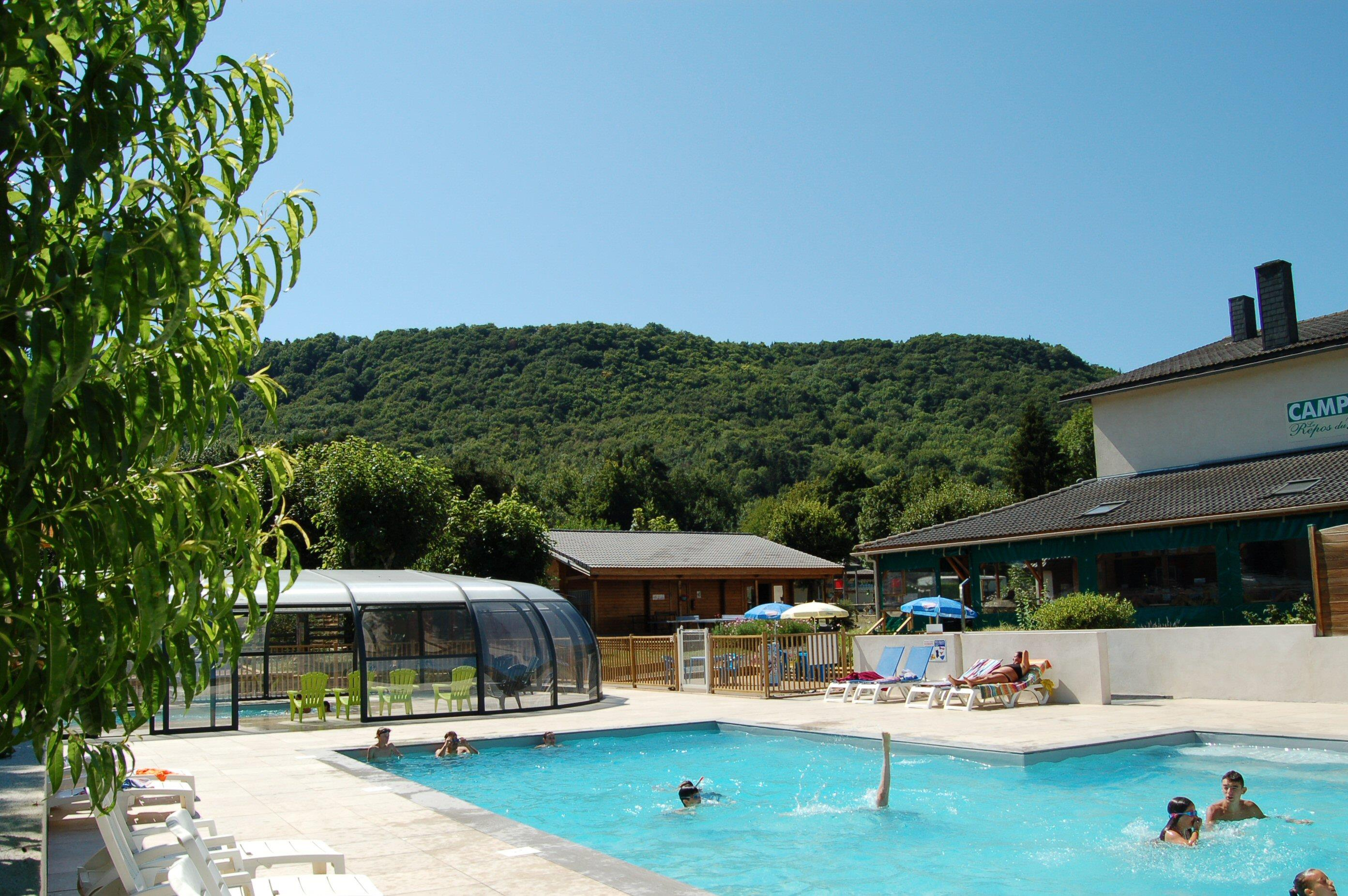 Establishment Camping*** Le Repos Du Baladin - Murol