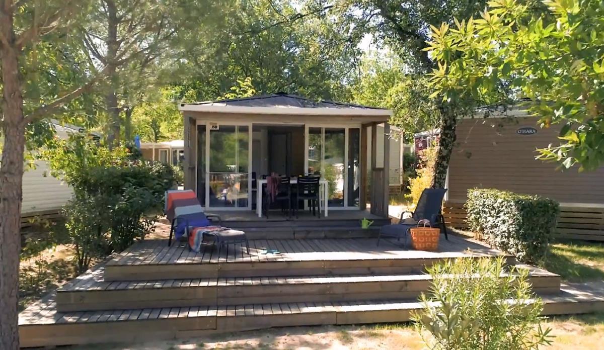 Location - Cottage **** 2 Chambres / 1 Sdb - 30M² - Terrasse - Climatisé - Yelloh! Village Soleil Vivarais