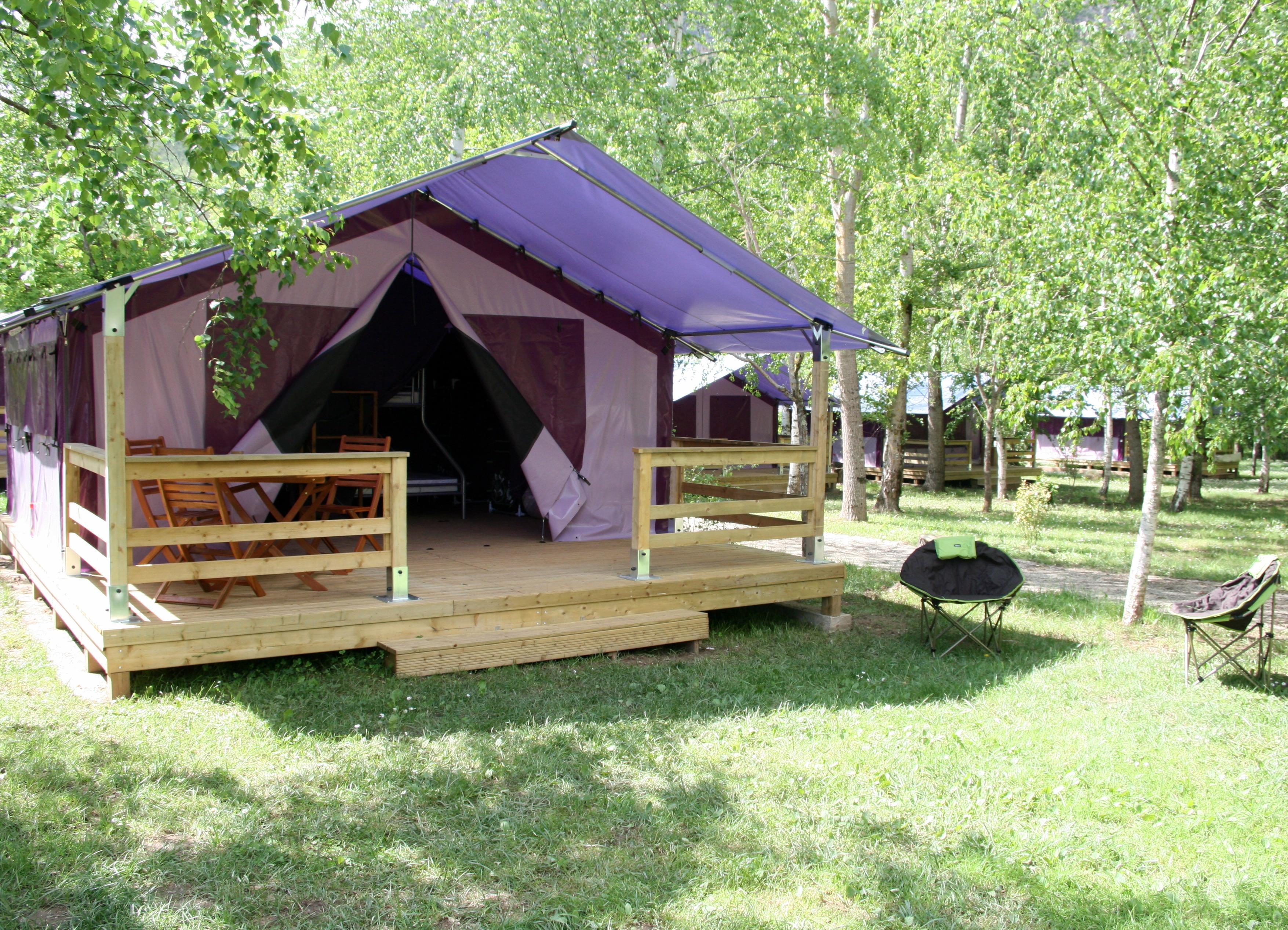 Location - P'tite Free Confort (2 Chambres) Terrasse Couverte Sans Sanitaire - Flower Camping Les Gorges de l'Aveyron