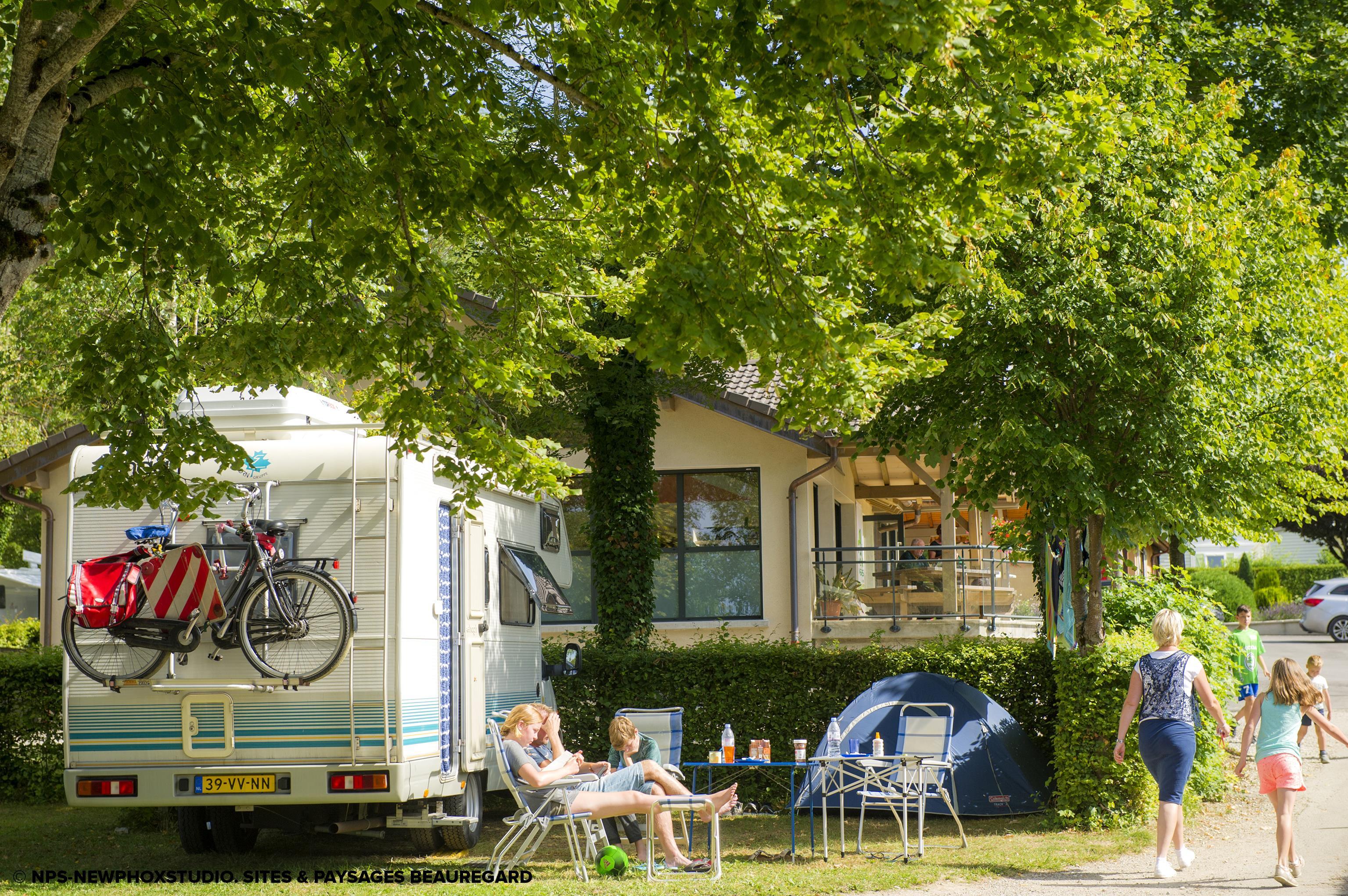 Camping Beauregard, Mesnois, Jura