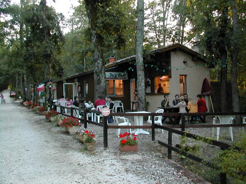 Camping La Vallée De Gardeleau