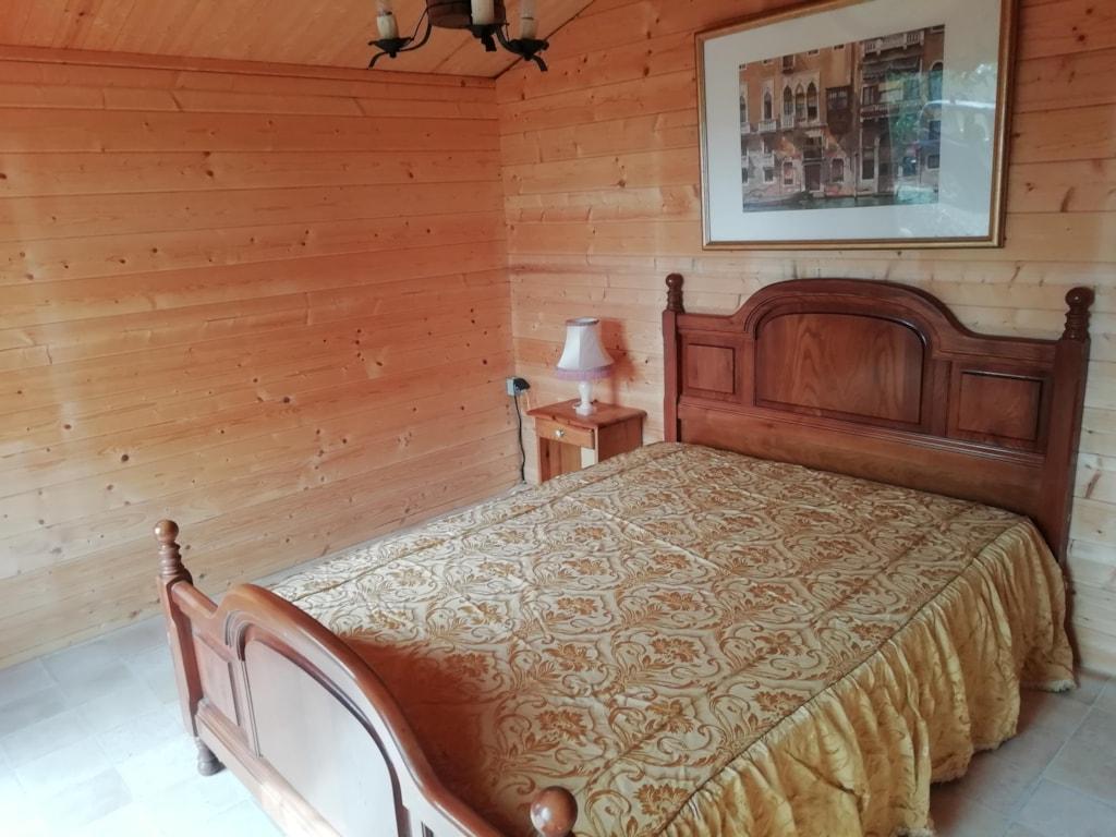 Wooden Chalet / Bedroom