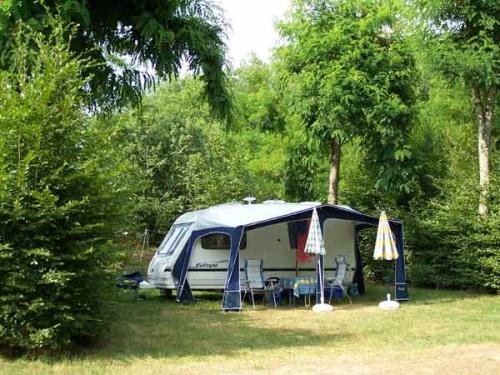 Emplacement - Emplacement Sans Électricité - Camping Domaine des Chênes Verts
