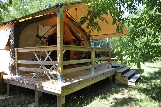 Accommodation - Lodge Victoria Confort+ 30M² Without Toilet Blocks - Flower CAMPING SAINT AMAND