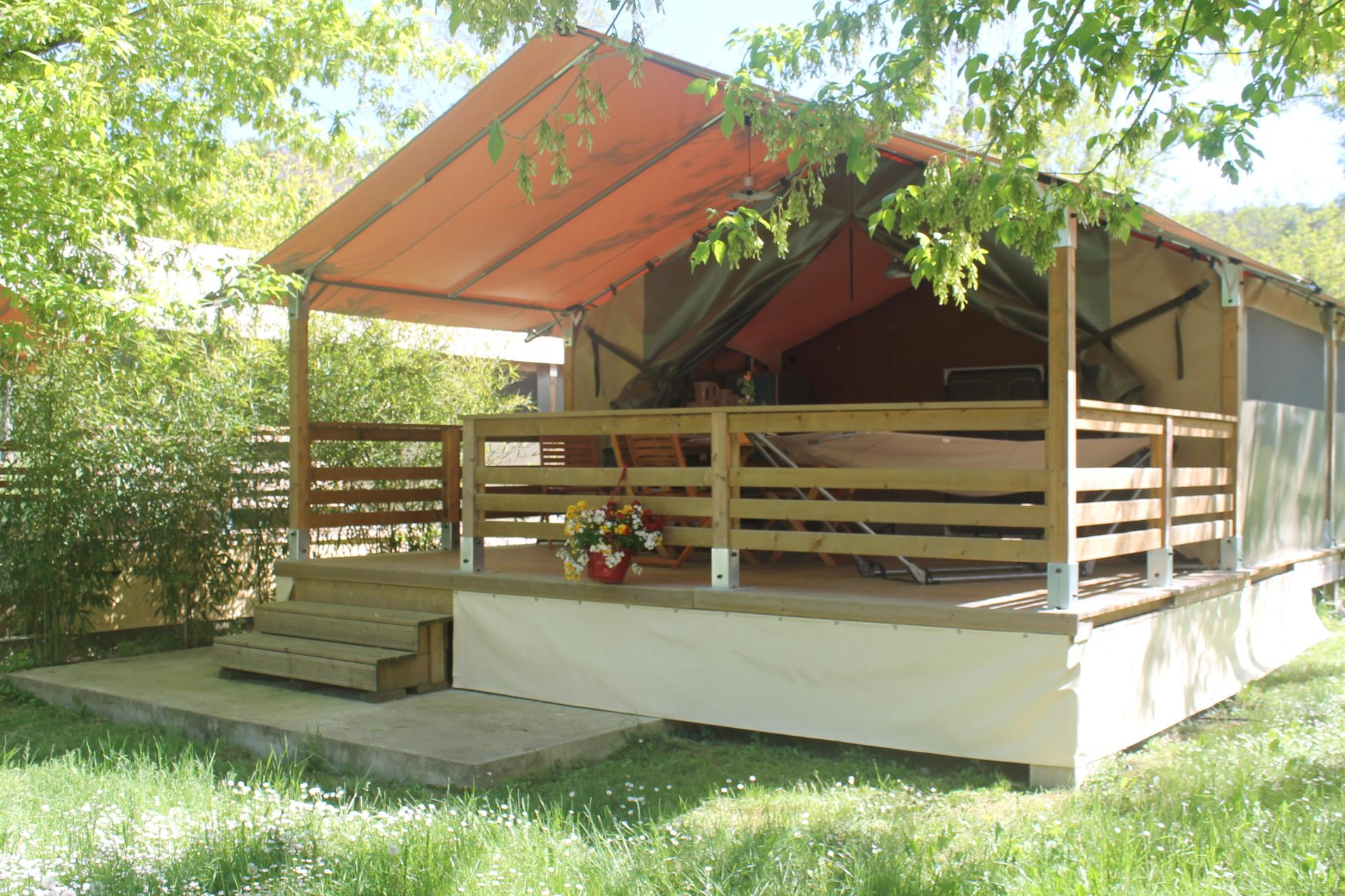 Accommodation - Freeflower Confort+ 40M² Without Toilet Blocks - Flower CAMPING SAINT AMAND