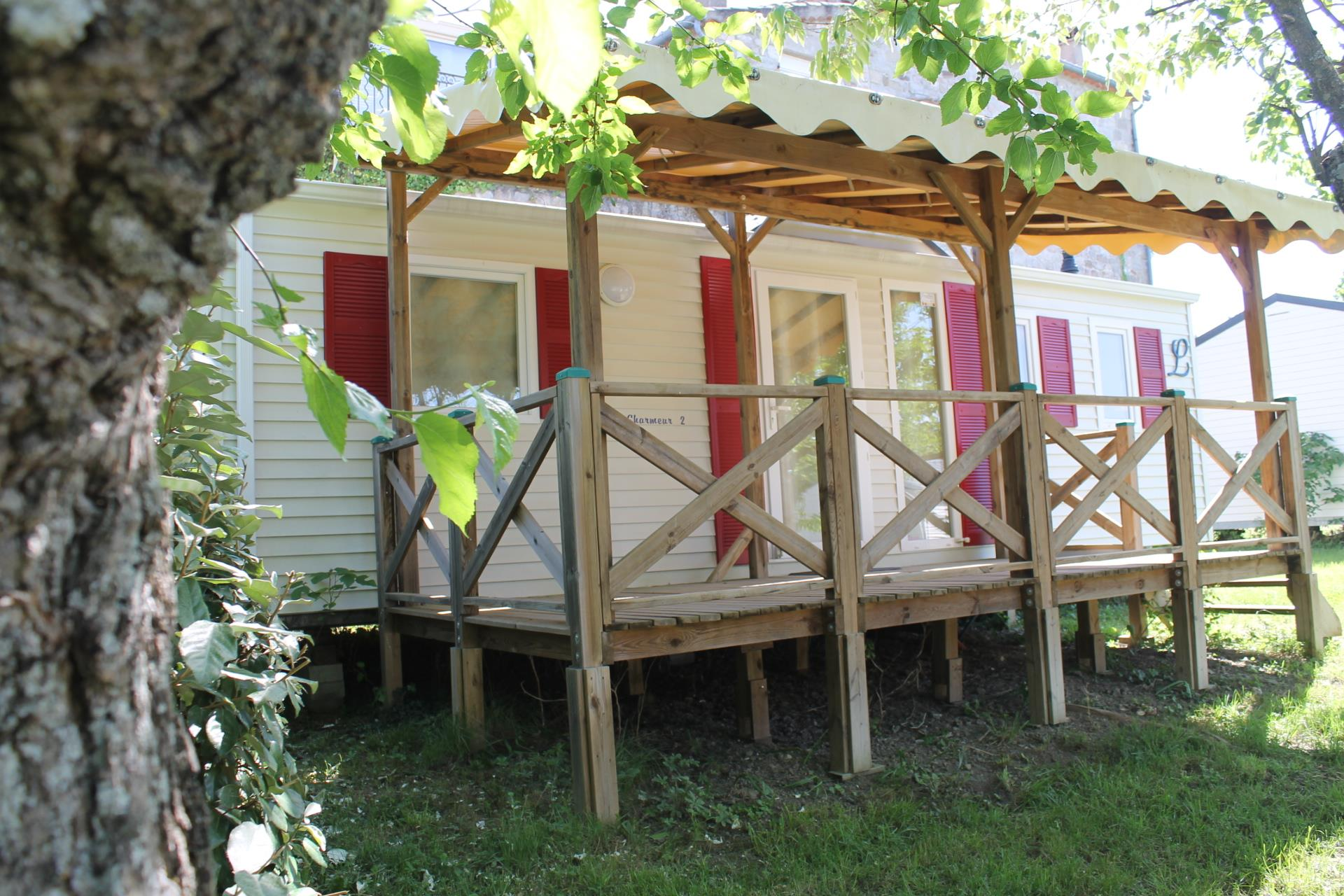 Accommodation - Mobile-Home Confort+ 32 M² 3 Bedrooms Air Conditionning ; Tv - Flower CAMPING SAINT AMAND
