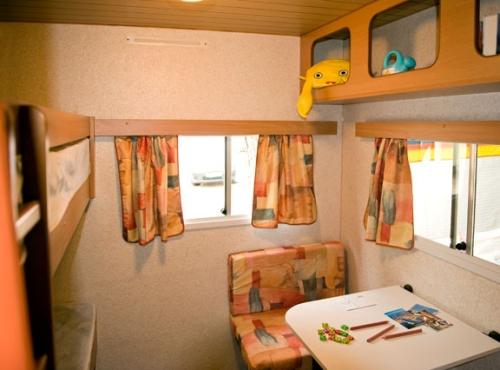 Caravane estivale 10m² sans sanitaire
