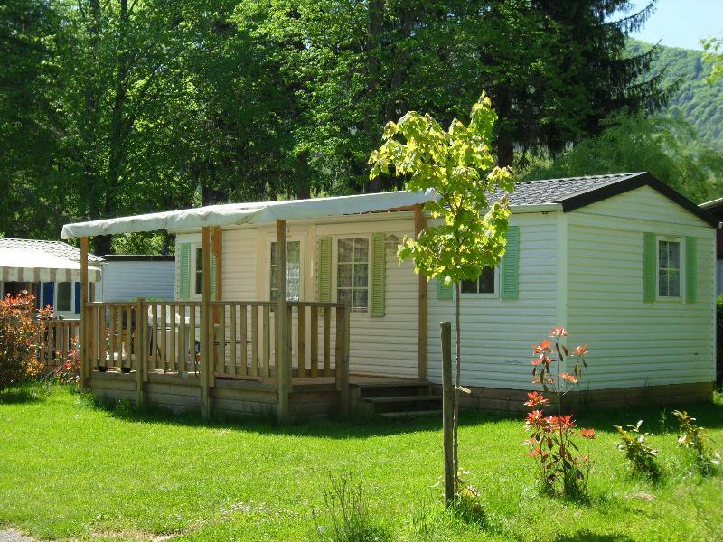 Location - Mobil-Home Grand Confort Mont Valier Avec Terrasse Couverte - Camping Le Haut Salat