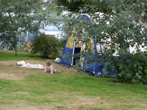 Emplacement - Emplacement + Véhicule - Camping Le Varquez-sur-Mer