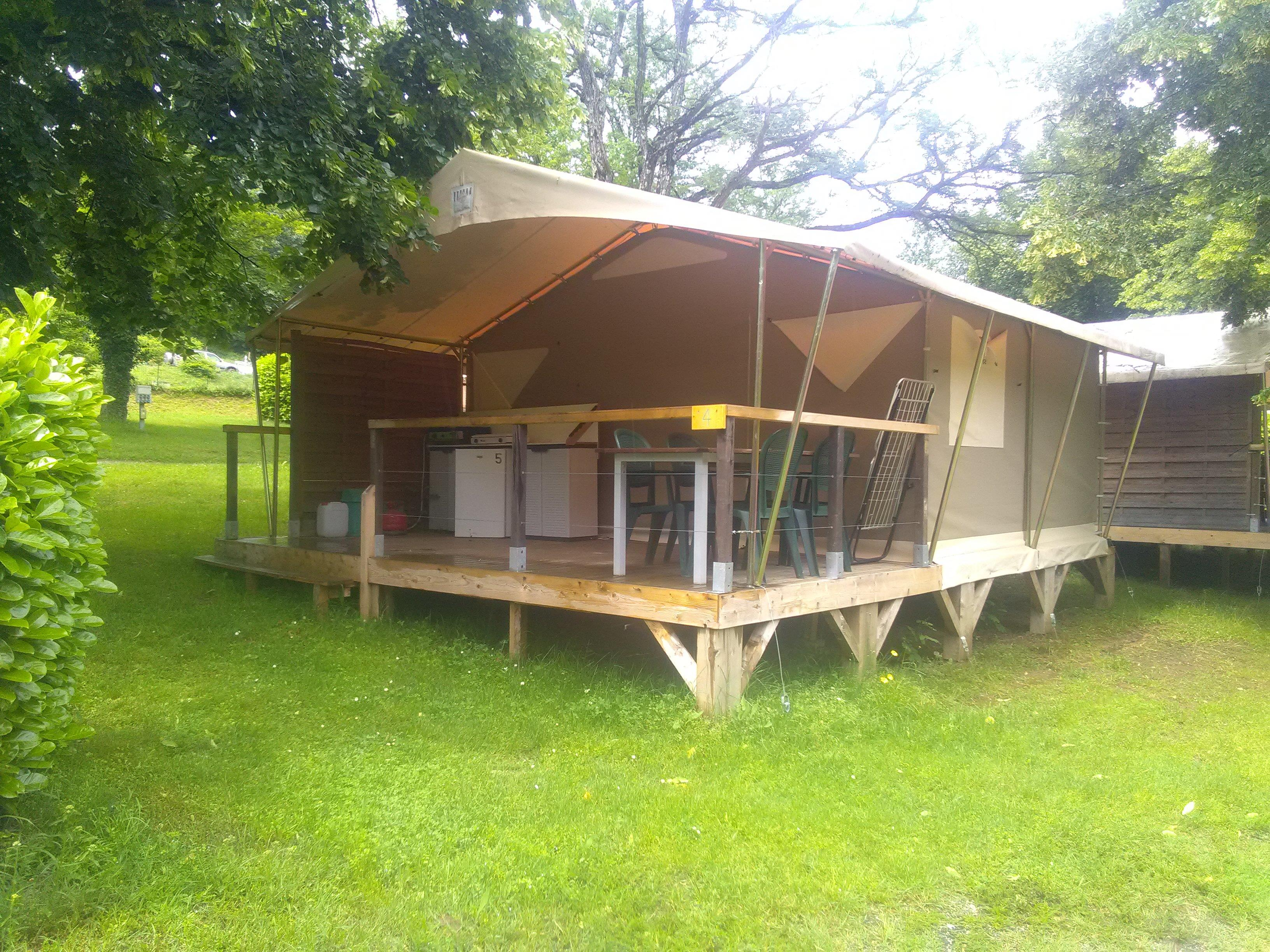 Accommodation - Small Lodge 20M² (2 Bedrooms) Without Toilet - Camping Coeur d'Ardèche